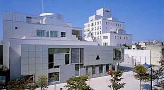 富山市立市民学園外国語専門学校